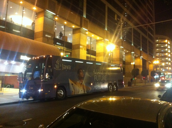 Java_Bus